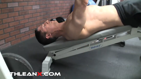 decline bench press arms at 45 degree angle to chest