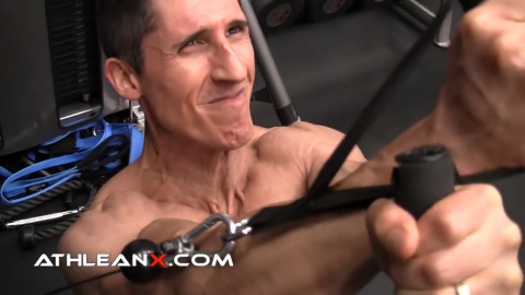 complete contraction in upper chest in low to high cable crossover