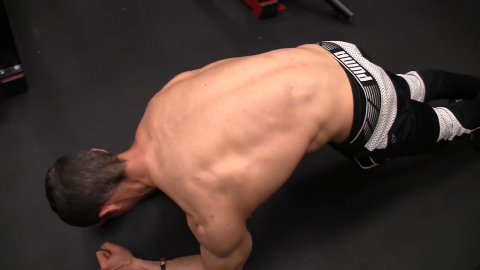 plank push away abs exercise for serratus
