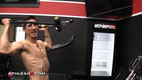 use two rope attachments on a cable machine for the facepull